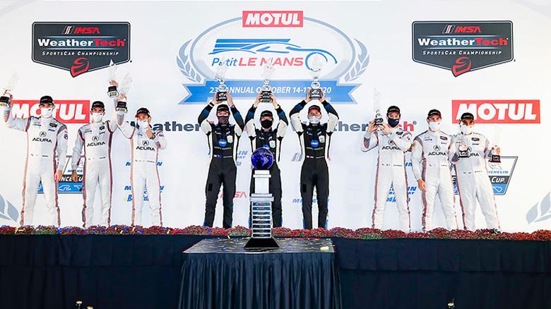 Podio de Juan Pablo Montoya en las 10 Horas Motul Petit Le Mans de IMSA