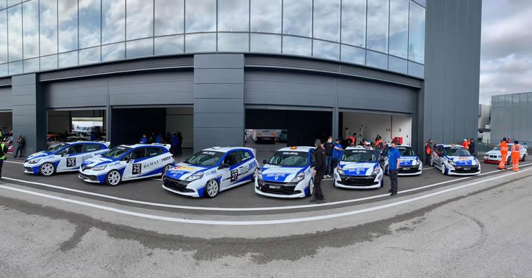 El  piloto colombiano Leonardo Quesada inició participación en el Campeonato Race de Turismos de España