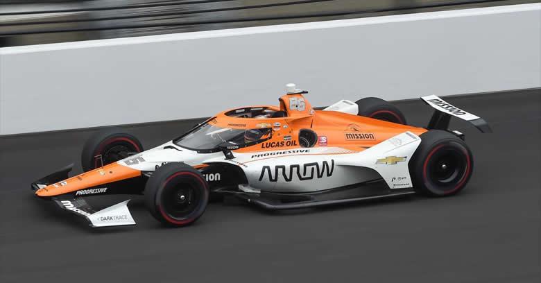 Juan Pablo Montoya remontó desde el P.24 para terminar noveno en las 500 Millas de Indianápolis