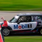 Triunfo y título del chase del TC 2000 Colombia para Julián Jaramillo y Nicolás Leyton – Mini 71 de Mobil